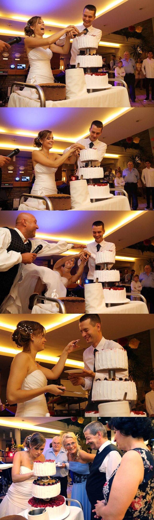 Tortavágás esküvőn több szemszögből mosolygó menyasszonnyal, vicces figura esküvőn, esküvői tortavágás sorozatkép